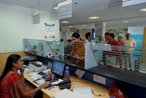६० प्रतिशत नेपालीको बैंक खाता छैन, हरेक नागरिकको बैंक खाता कसरी खोल्न संभव छ ?