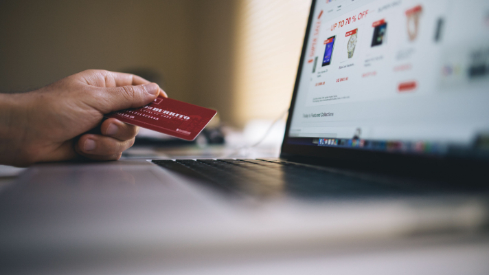 reasons you should start paying bills online